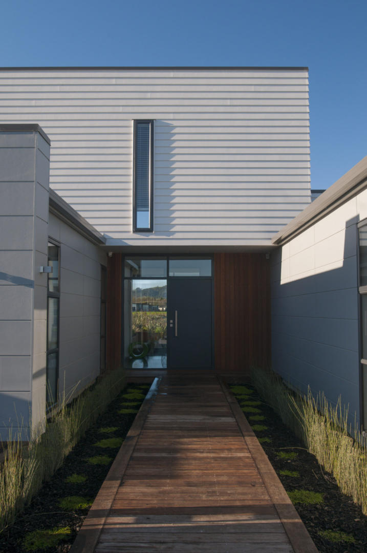 Innovative St. Kilda Show Home Opts for a Multi- Clad Look with James Hardie